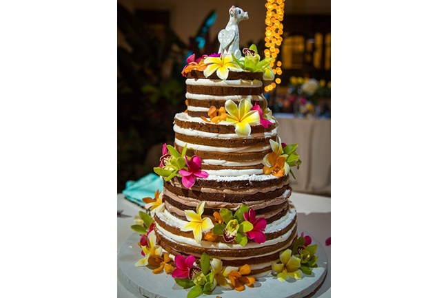 when youre planning your big day in maui one of the most important things to remember is your wedding cake precious maui weddings not only has the best